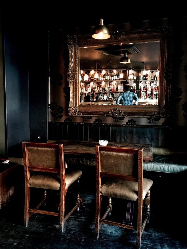 Interior of Worcester bar 'The Glove in Hand'