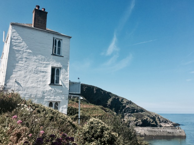 House in Port Isaac, Cornwall, England, overlooking the ocean.