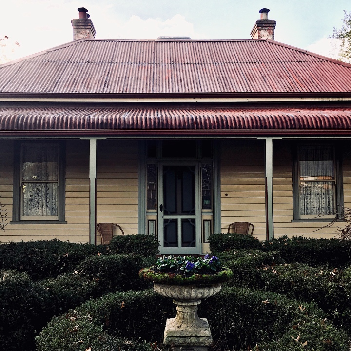Front facade of Erindale B&B, Beechworth, Victoria, Australia.