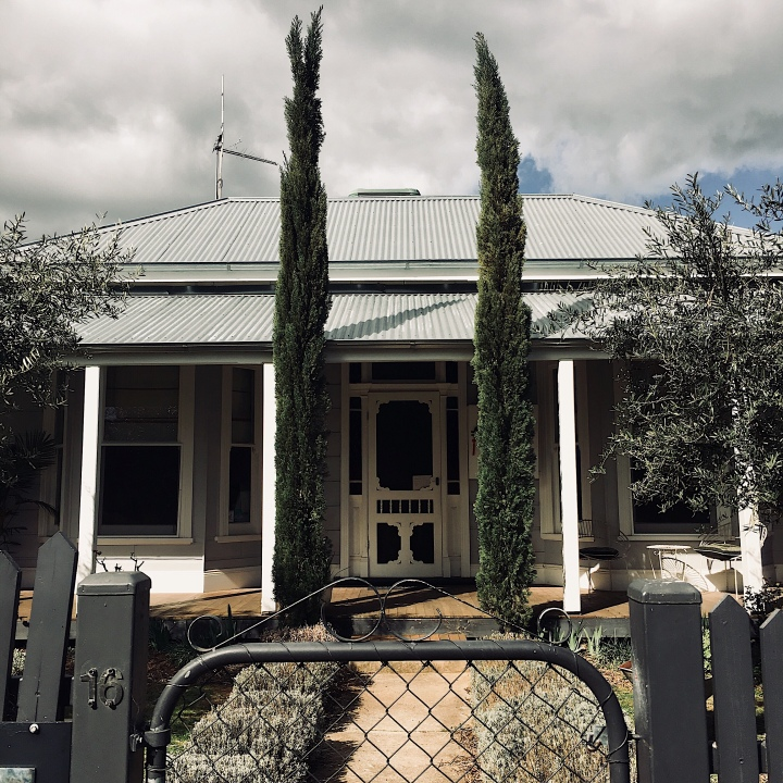 La Maison St Arnaud bed and breakfast, Rutherglen, Victoria, Australia.