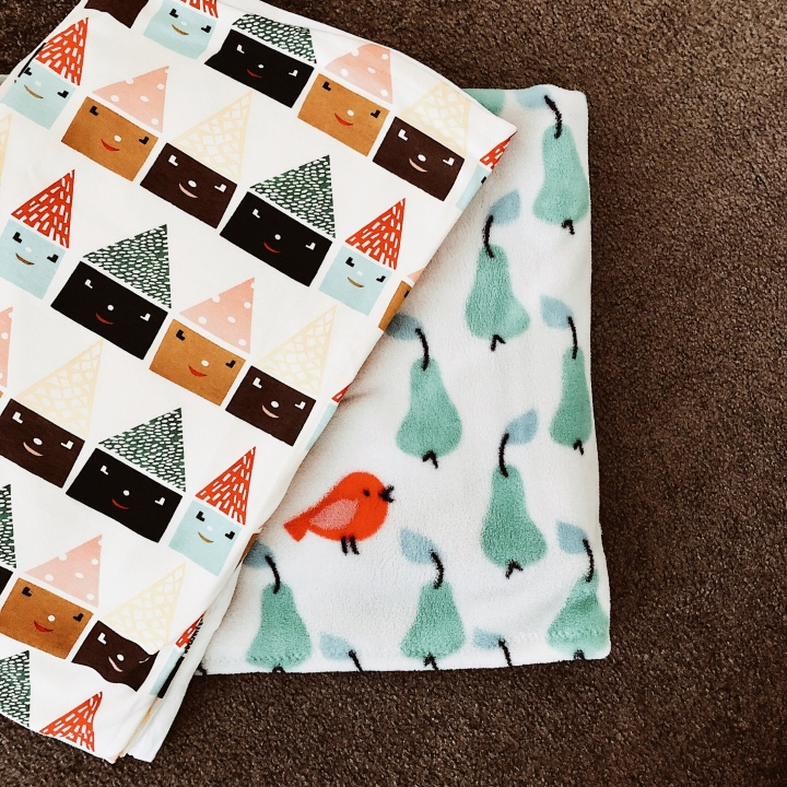 Cotton and polar fleece baby blankets.