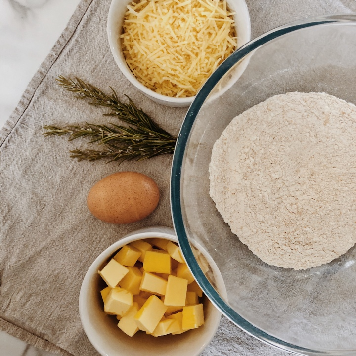 Ingredients for Parmesan and rosemary biscuits.